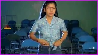 Goons Providing Drugs to College Girls Scene - Drugs Addiction Video - Raja Chinna Roja Telugu Movie