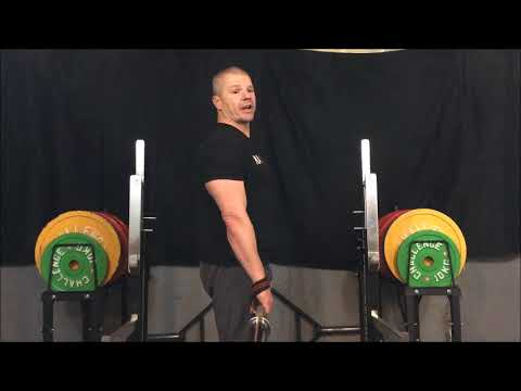 Proper Way of Using Wrist Straps for Cleans and Hang Cleans