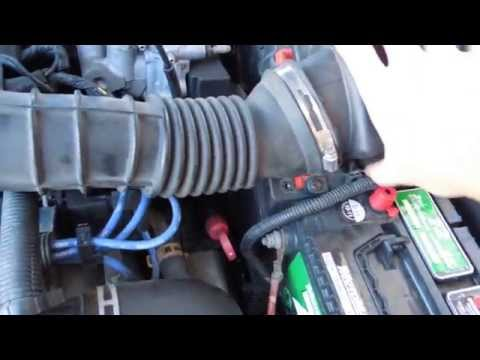 HOW TO CLEAN YOUR THROTTLE BODY AND CHANGE OR REPLACE AIRFILTER PONTIAC SUNFIRE