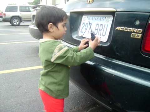 sonu changing car number plate