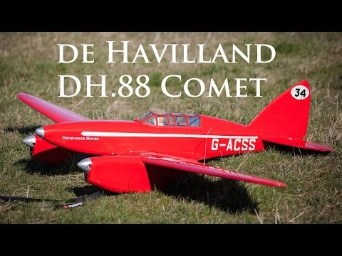 Stunning Scale de Havilland DH.88 Comet on Selsley Common, UK
