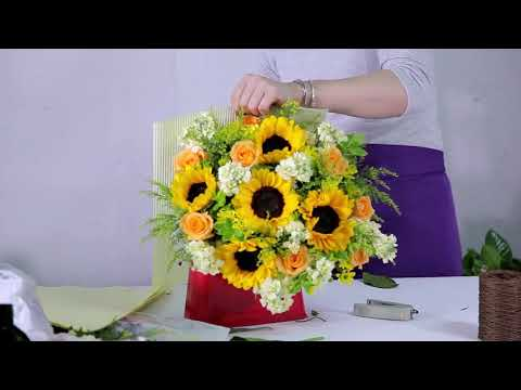 How to make a Cheerful Sunflowers Bouquet
