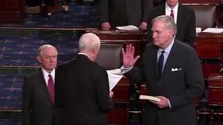 Luther Strange sworn into U.S. Senate