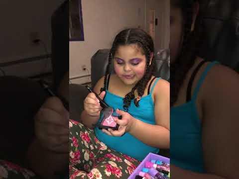 Harmony's makeup tutorial
