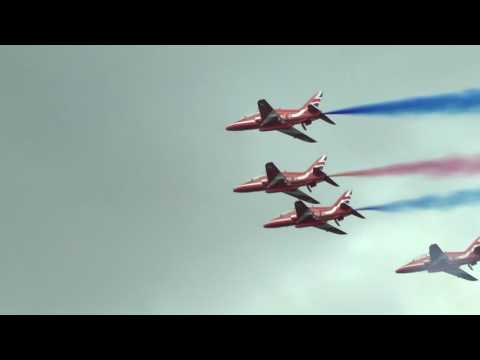 Red Arrows Display RIAT 2017 HD with Comms