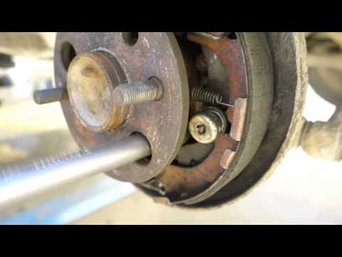 How to replace rear wheel bearing and hub Toyota Corolla. Years 1991 to 2002