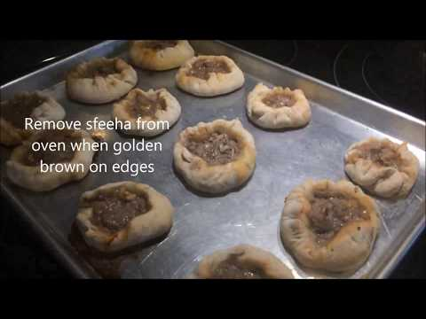 How to cook Sfeeha (Lebanese meat pies)