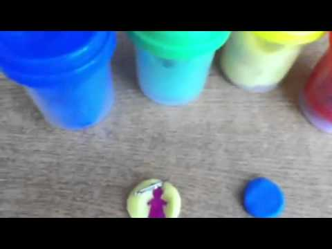 How to make molds out of Play-Dough
