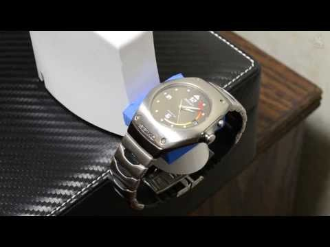 HOW TO: Charge a Seiko Kinetic with an Electric Toothbrush charger