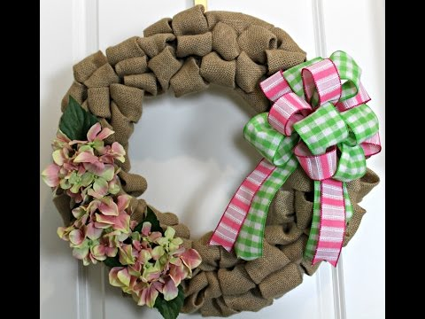 How to make a burlap wreath with Hydrangea flowers and a bow of pick and green- Simple Classic Methd