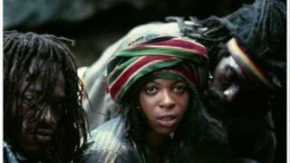Black Uhuru - Plastic Smile [12'' Version]
