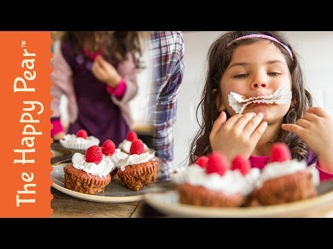 Healthy Vegan Cupcakes with Elsie!