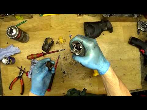 Dewalt DW938 Reciprocating Saw. Stuck blade remove