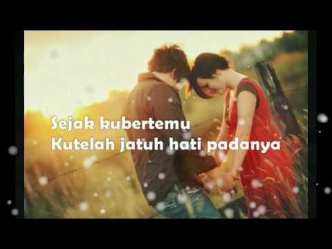 Download Vina Panduwinata - Cinta MP3 Gratis