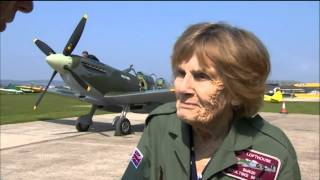 Female WWII pilot takes flight again