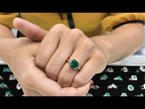 HOW TO LOOK FOR AND BUY COLOMBIAN EMERALD ENGAGEMENT RINGS