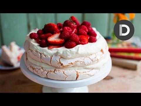 How to make... Strawberry Pavlova Cake!