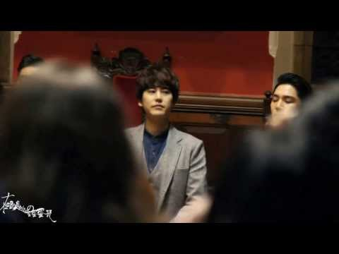 131111 Super junior KYUHYUN IN OXFORD UNION ENDING   YouTube