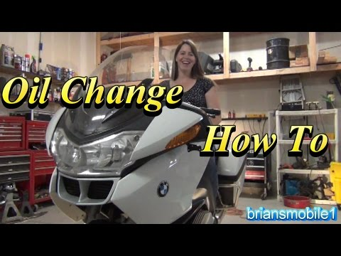 BMW R1200RT Police Motorcycle Oil Change