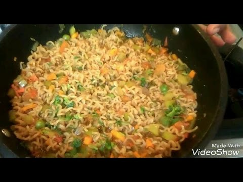 How to make maggi noodles with vegetables/ vegetable maggi noodles