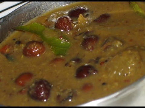 Tamilnadu style kondakadalai (chickpea) kuzhambu
