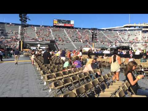 NL9 WEB EXTRA: Country music fans fill Jordan-Hare Stadium for first ever concert