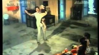 Tere Mere Pyar Ka Aisa Naata Hai (Kishore Kumar)-Begunaah.avi