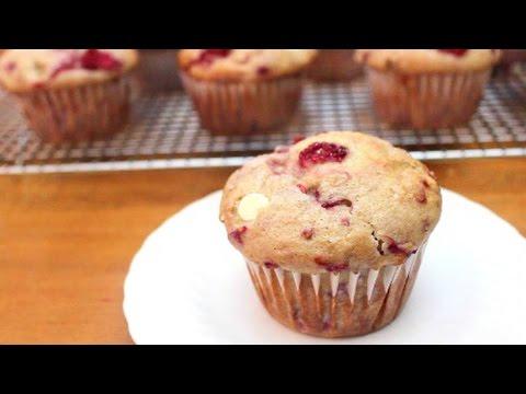 Raspberry White Chocolate Chip Muffins | SweetTreats