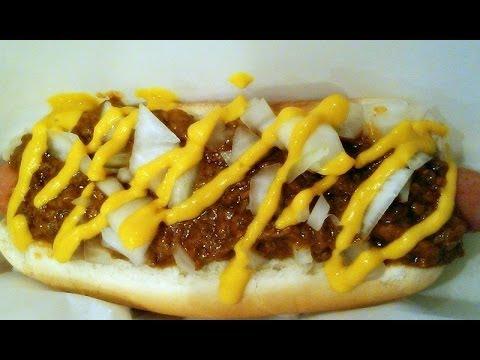 How to make a Coney Island Chili Dog (Recipe)