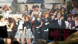 [fancam] 100523 Dream Concert ending SNSD biased YULSIC