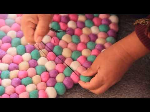 How to make mint felt ball rug.