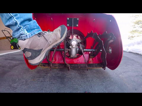How to Replace sheer pin on Honda HS 928 Snow Blower
