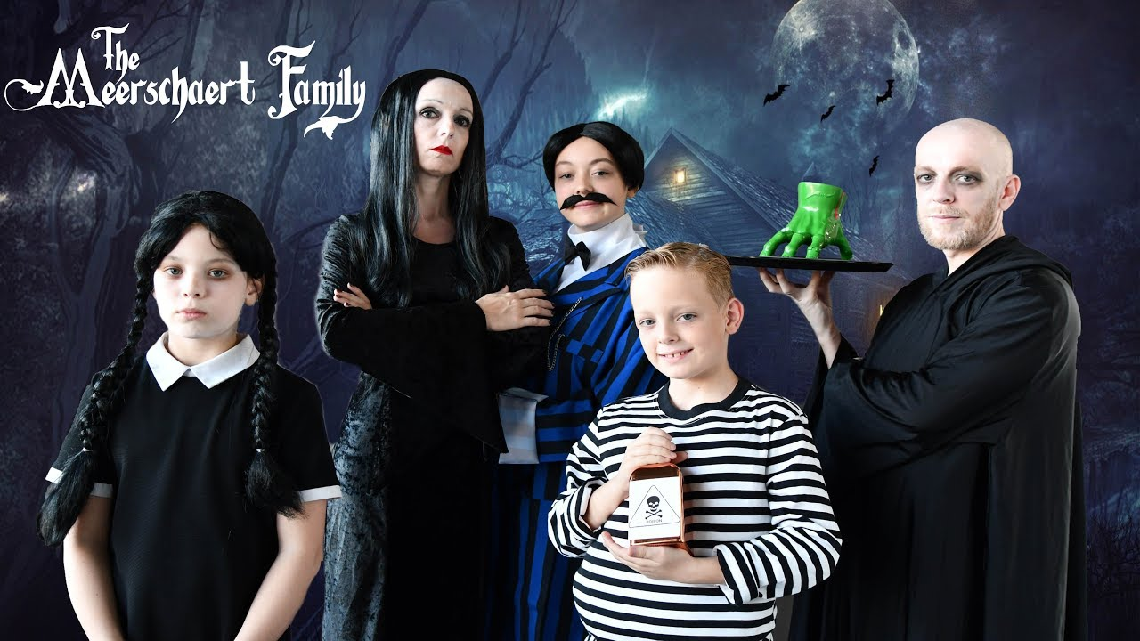 🎃 We verkleden ons in de ADAMS FAMILY - Familie Meerschaert Halloween Vlog