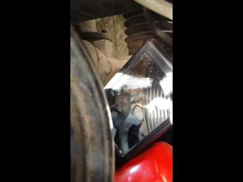 2005 Ford f150 power steering pump location and bolts