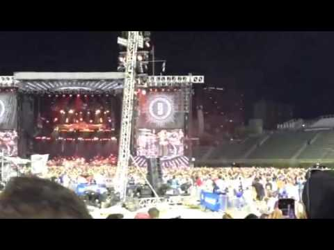 Pearl Jam- Rockin' In The Free World Clip- Wrigley