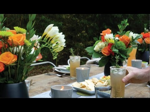 Host an Outdoor Dinner Party in 5 Simple Steps with these Outdoor Entertaining Ideas