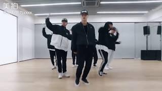 Zhang Yixing LAY 《NAMANANA》 Dance Practice