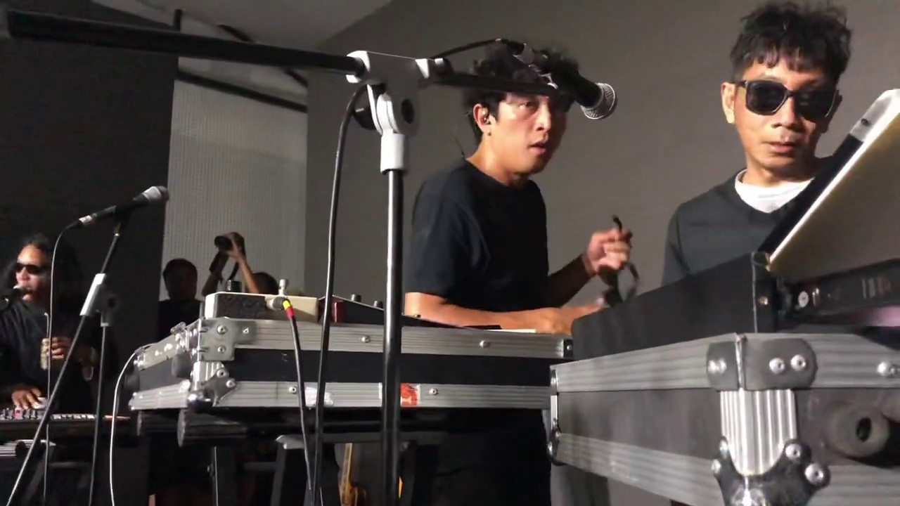 Goodnight Electric - I Am OK (Live)