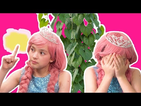 MAGIC PLANT SPELL! OLIVIA'S Touch Turns Things Giant 🌱  - Princesses In Real Life | Kiddyzuzaa