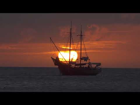 Sunsets from Aruba 2018 footage in 4K UHD filmed with a Sony FDR-AX700