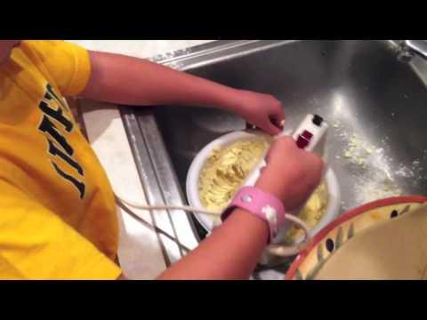 Making Lemonsquares
