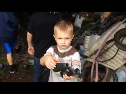 Finding Treasures at an Old Abandoned Farm House DAY 1 First Reveal to Kids
