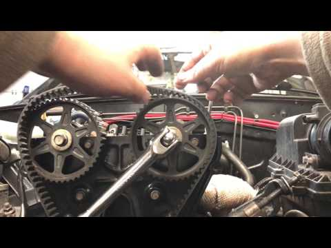 How to change MX5 / Miata Timing Belt and Cam Pulleys