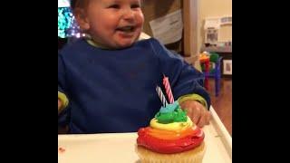 Bubbly Birthday Baby    ViralHog
