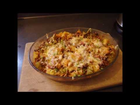 EASY MINCE PASTA BAKE!