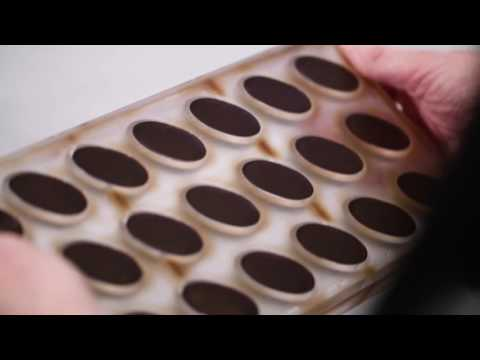 How to perfectly seal moulded chocolates