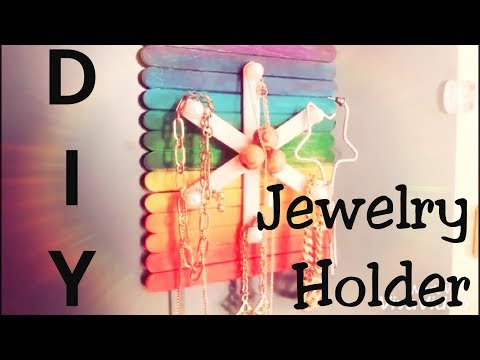 DIY jewelry hanger/organizer. How to make a quick and easy jewellery hanger.