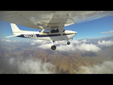 Airplane-to-Airplane Aerial Video - Small Planes Flying