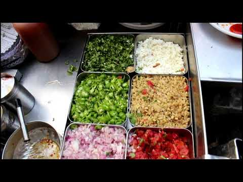 Khan Omelette Corner, Chandni Chowk, Delhi Street Food