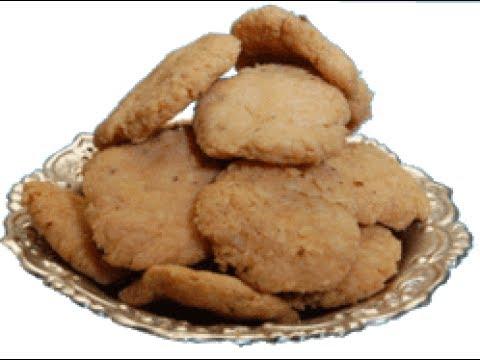 मीठी मठरी बनाने की विधि |Crispy Meethi Mathri Recipe In Hindi.
